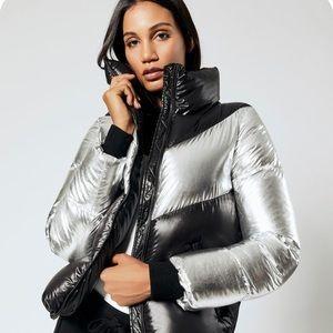🌿 HOST PICK MACKAGE Luxe Metallic Down Puffer